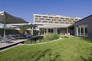 S hotel lebensquell bad zell teich 300 avida media for Hotel lebensquell bad zell