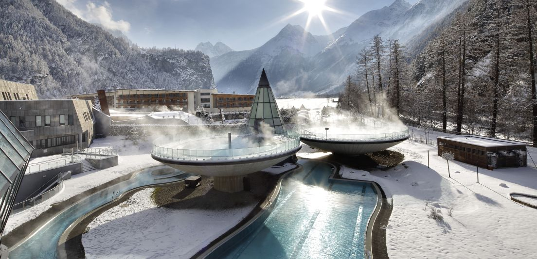 00 AQUA DOME Gesamtanlage Winter - Aqua Dome Tirol Therme Längenfeld