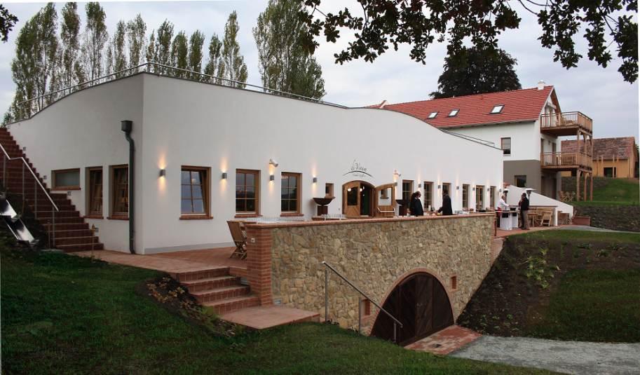 Hotel Eisenberg eb weinkeller terrasse - Partner
