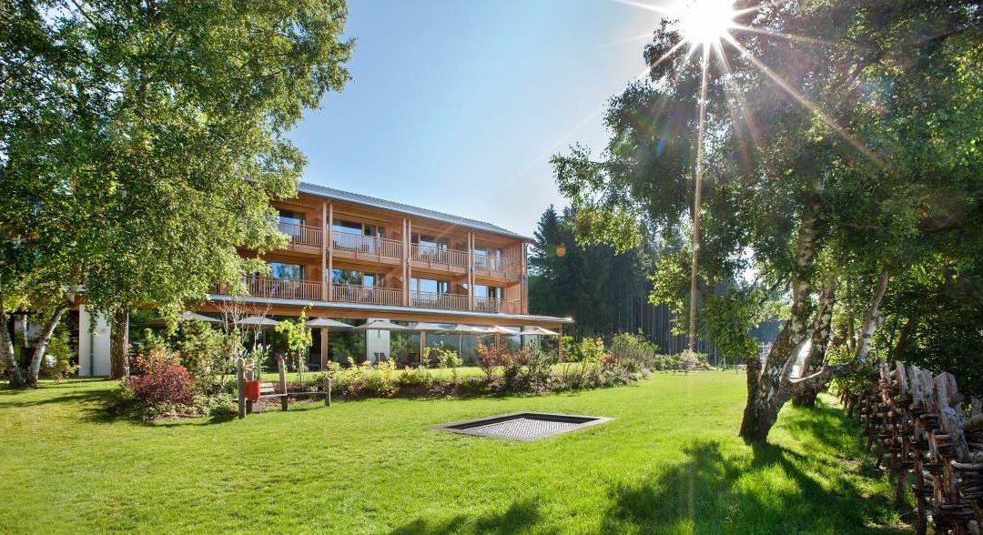 Naturparkhotel Bauernhofer Aussen 1080x588 - Partner