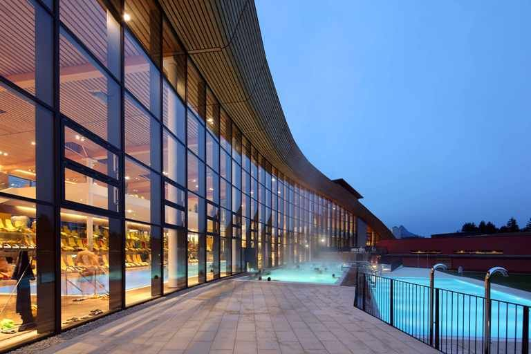 Therme am Abend - Clubhotel Aldiana Salzkammergut & Grimming Therme