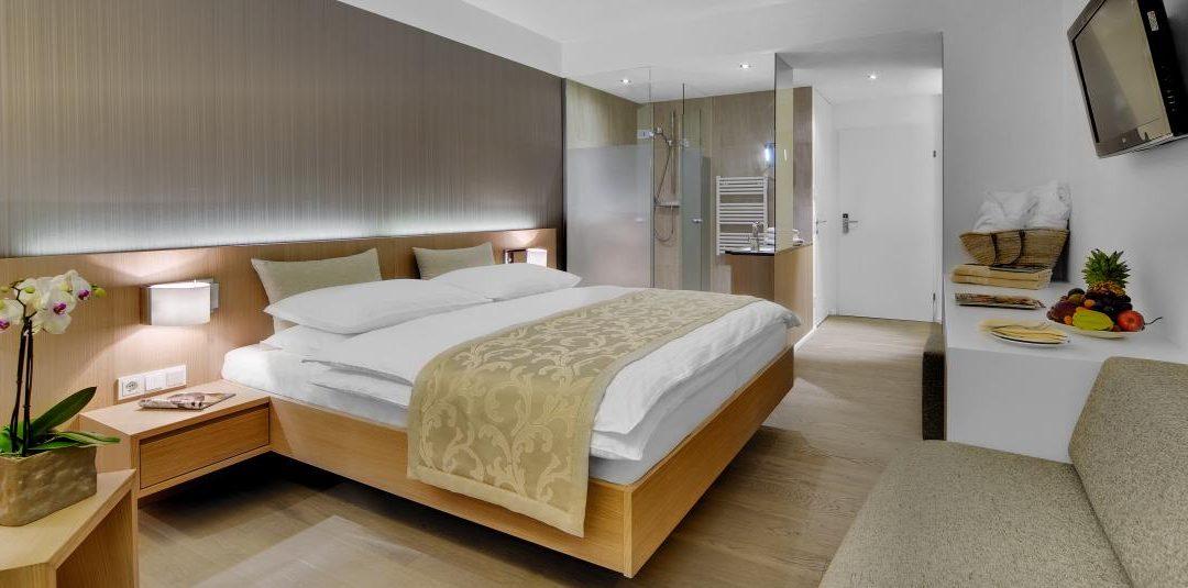 Zimmer 2 1080x535 - Partner