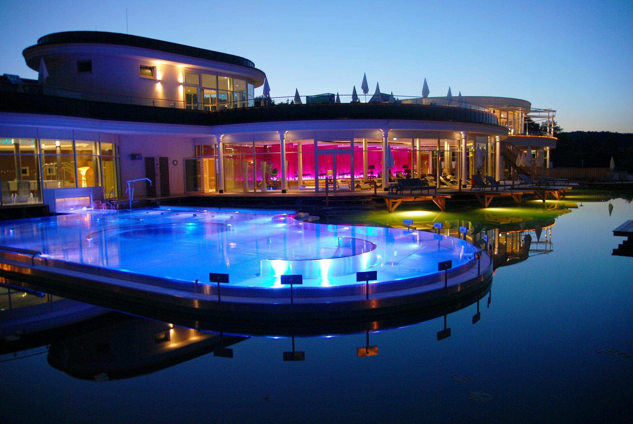 AVITA Nachtaufnahme ©AVITA Resort - Gewinnspiel