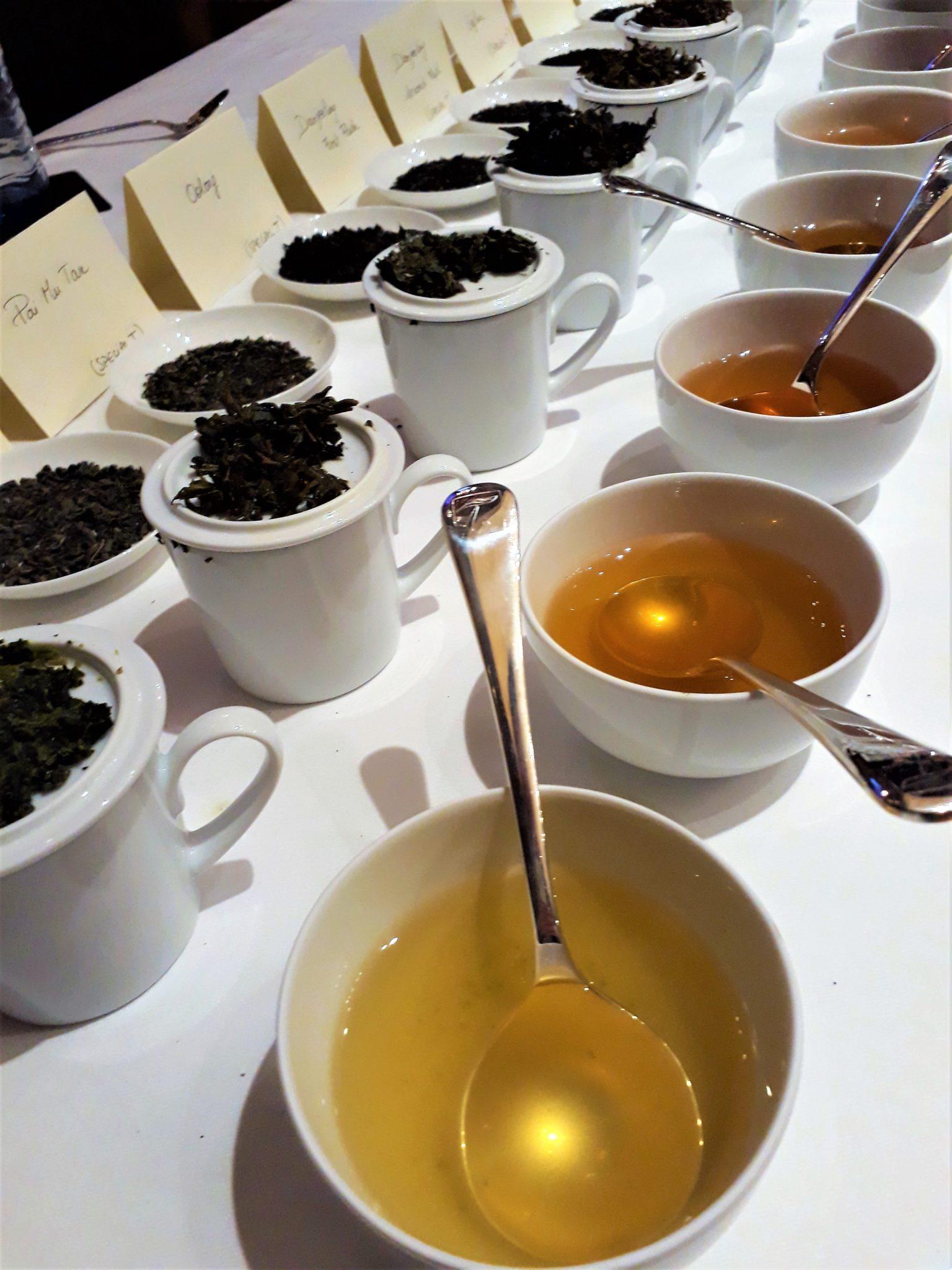 Teeverkostung - Tea Tasting!