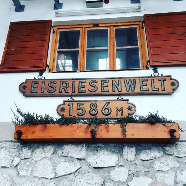 eisriesenwelt - BERGDORF PRECHTLGUT: Chaletzauber in Wagrain