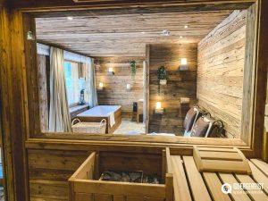 sauna 300x225 - BERGDORF PRECHTLGUT: Chaletzauber in Wagrain