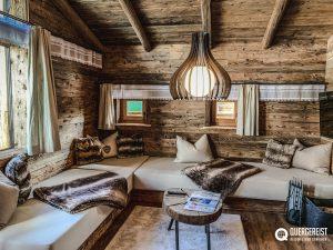 wohnbereich 300x225 - BERGDORF PRECHTLGUT: Chaletzauber in Wagrain