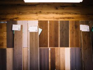 7.Farbe 1 300x225 - Was macht den perfekten Holzboden aus?