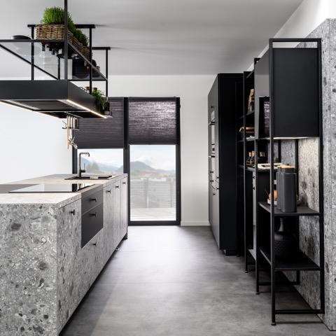 Arcos Terrazzo 18 - In Stein gemeißeltes Design