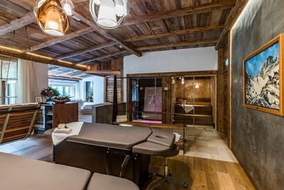 jagdhof spa chalet private spa suite 09 22793951744 o red - Gewinnspiel