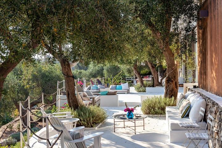 TTT Ionian Islands Paxos Panayia View AUG18 04 - Top 10 Villen mit den schönsten Gärten im Mittelmeerraum