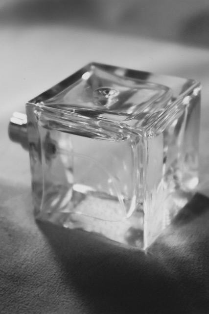 Arve Eau de Parfum 50ml handgefertigtes Flacon aus England Fa. POCHPAC Polaroid 13x19 26 01 21 2 3 2 - Weltweit einzigartig: Parfum auf Zirbenöl-Basis