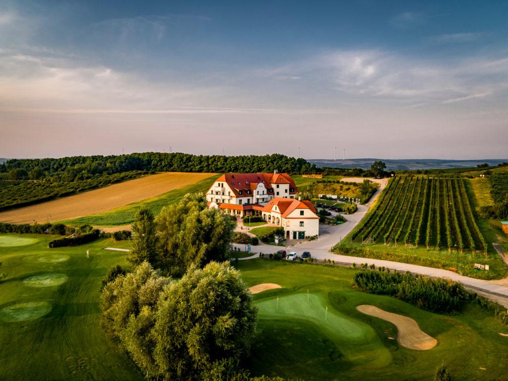 herbst 0202 1024x768 - Vinophiler Kurz-Urlaub in den Poysdorfer Weingärten