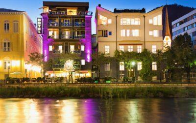 laue sommerabende im gastgarten des hotels goldenes schiff geniessen hotel goldenes schiff Kopie 400x250 - Startseite