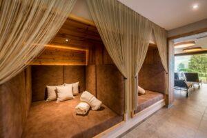 ruheboxen im saunabereich apart suiten hotel weiden 300x200 - Quality-Time im Apart & Suiten HOTEL WEIDEN