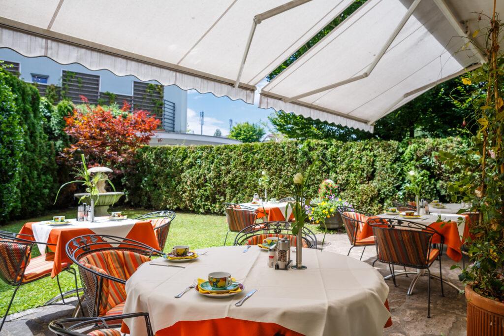 schoener hotelgarten c tine steinthaler goritschniggs 1024x682 - Genussherbst im Boutiquehotel am Wörthersee